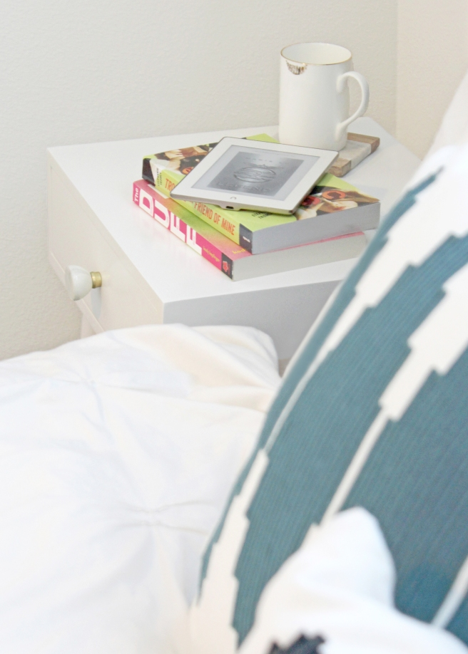 finding-tiffanys-best-books-of-the-year-nightstand